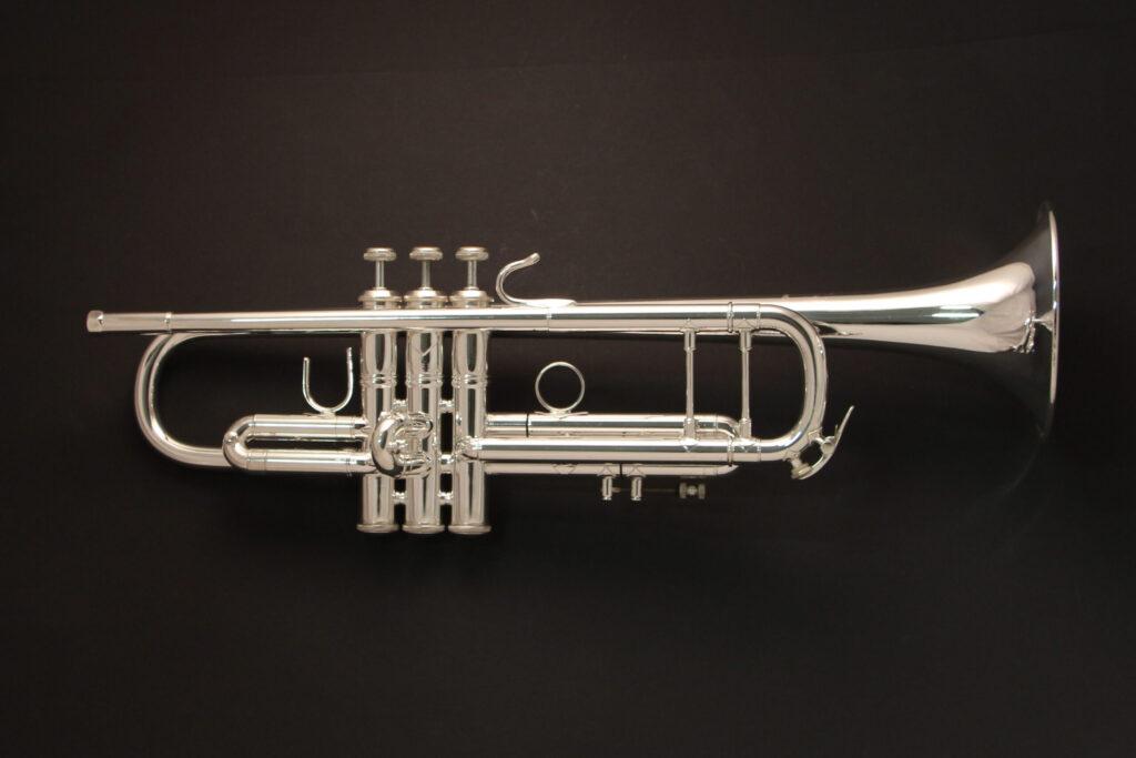 Bach Stradivarius 37